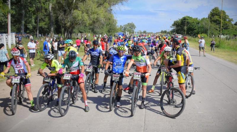 Impresionante carrera con 203 bikers en San Cristóbal